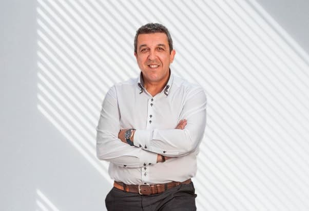 """Ángel Gil: """"El 'coach' empodera a las personas para que consigan lo que se propongan"""""""