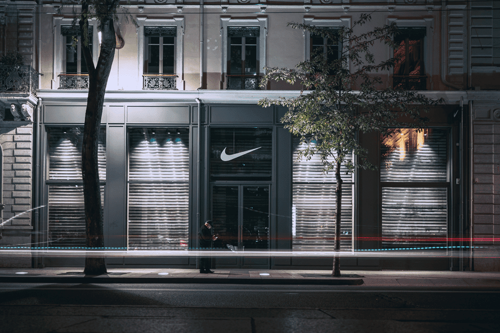 Local Comercial De Nike